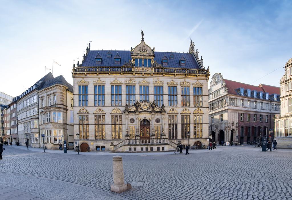 Der Schütting ist seit 1849 Sitz der Bremer Handelskammer, der rund 43.000 Unternehmen angehören