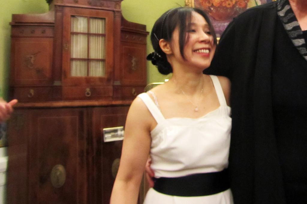Minako Schneegass ist eine echte Größe am Piano. In Japan und Europa konnte sie bereits einige Auszeichnungen erlangen. Nun spielt sie in Bremen